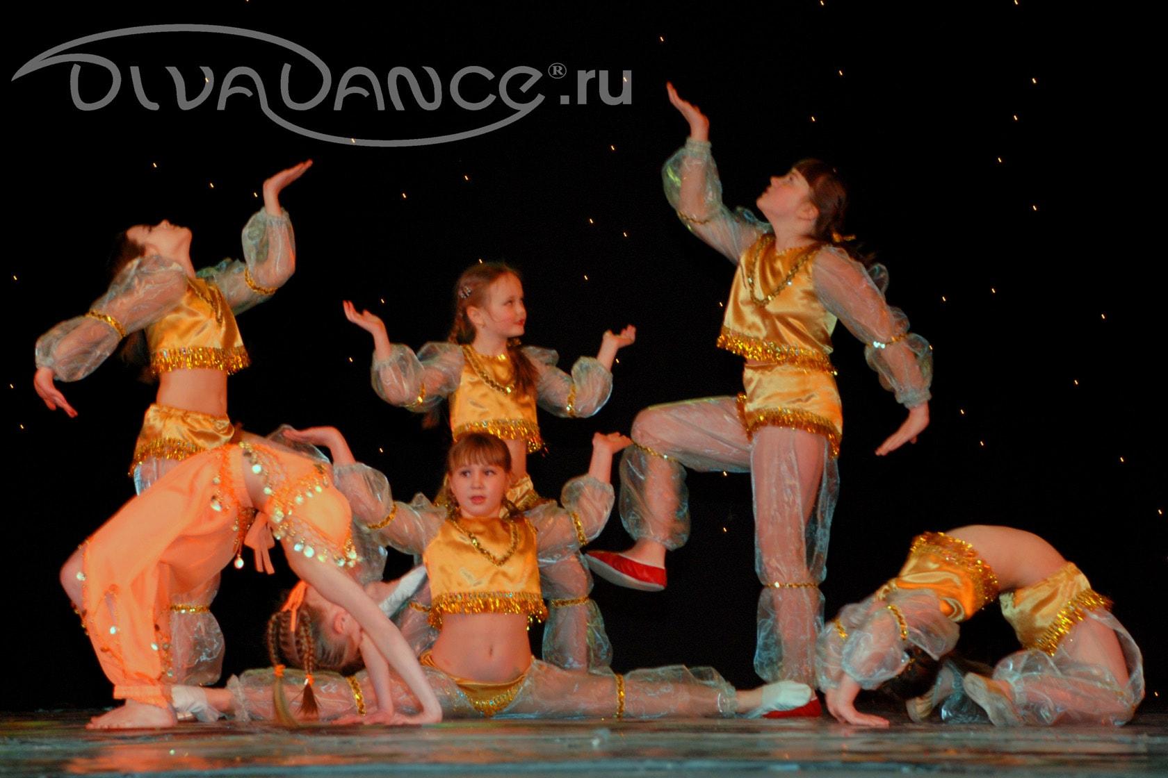 Смотреть групповые танцы 22 фотография